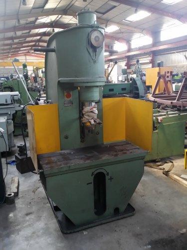 Presse hydraulique CIBLAT