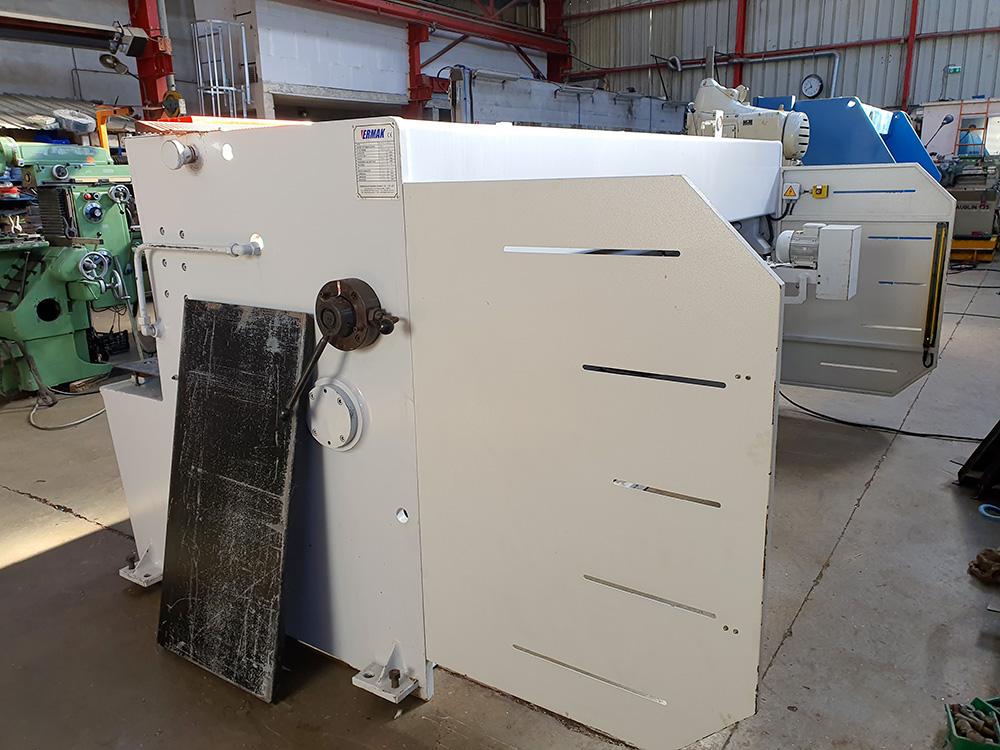 Cisaille hydraulique à coupe oscillante ERMAKSAN HGS 3100-6