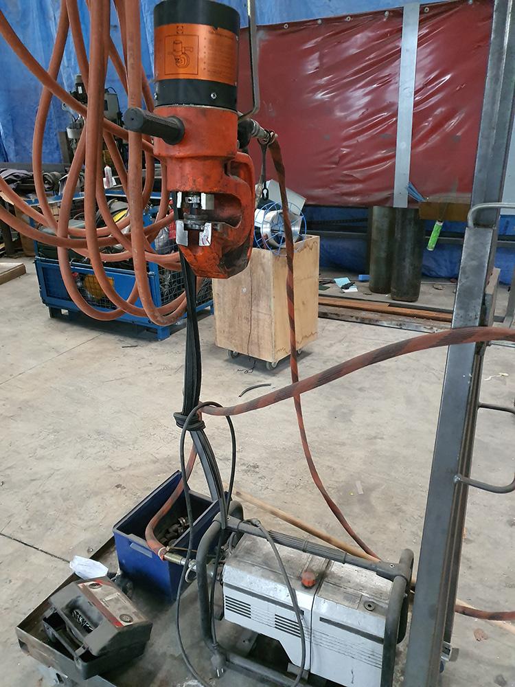 Poinçonneuse hydraulique portative ALFRA