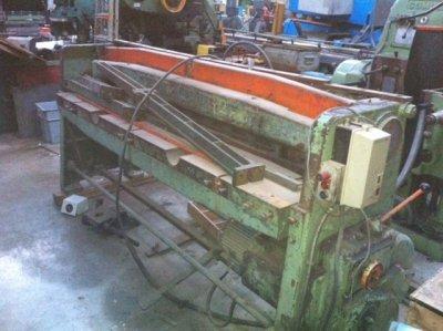 Cisaille guillotine BOMBLED 109D