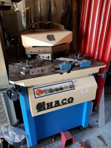 Encocheuse HACO VARI 220/6