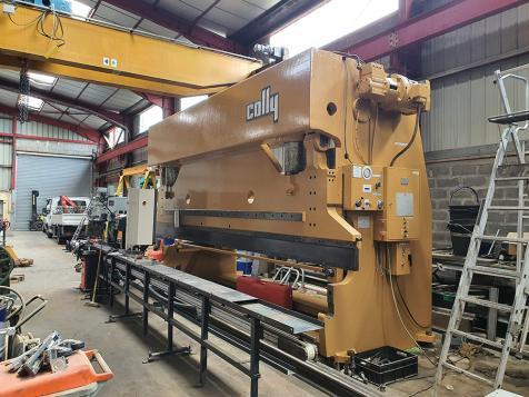Repair of a COLLY 3214 press brake