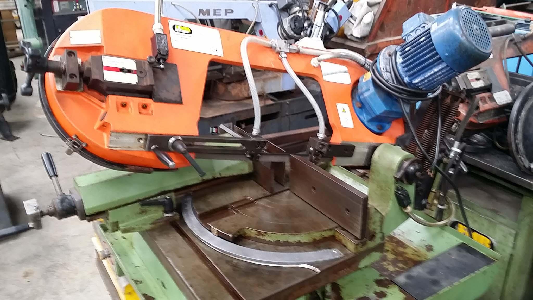 Scie à ruban pour métaux FMB